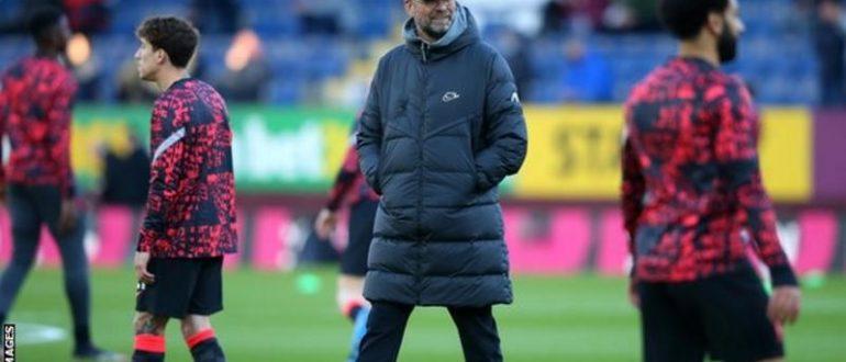 Klopp'un Liverpool takımı, geçen sezon Premier league'i kazandıklarında man City'nin önünde 18 sayı bitirdi.