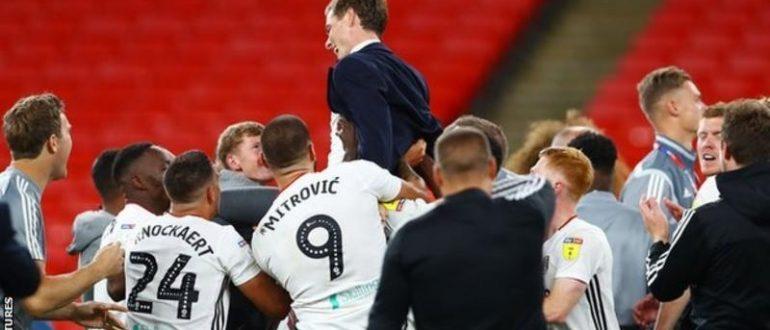 Fulham, Ağustos ayında Wembley playoff finalinde brentford'u 2-1 yenerek Premier league'e terfi etti.