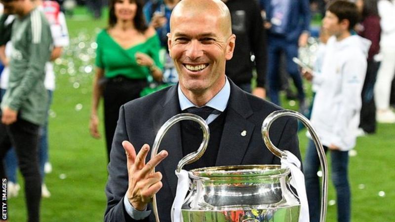 Zidane, Avrupa Kupası / Şampiyonlar Ligi'nde üst üste üç şampiyonluk kazanan tek antrenördür.